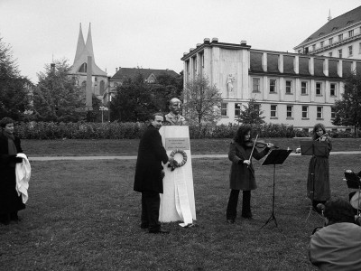 Faithful We Shall Remain, event documentation, Prague, 2002