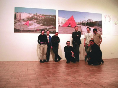 Pode Bal members and collaborators in front of the installation in Niemandsland, Künstlerhaus Vienna, 2004
